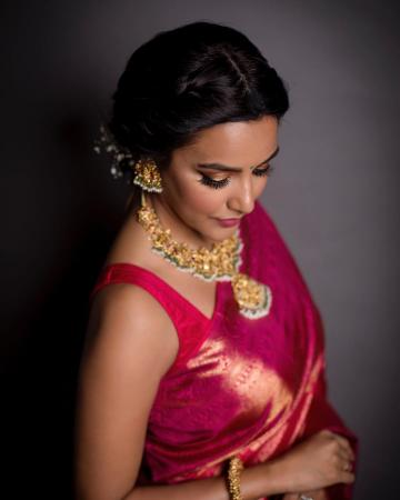 Priya Anand was recently seen in this bright, distinguished saree from Kanakavalli - Fashion Models