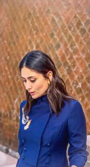 Kareena Kapoor Khan was recently seen in Delhi in this navy blue suit from Raghavendra Rathore - Fashion Models