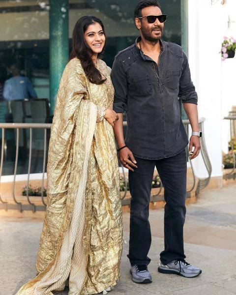 Kajol was promoting Tanhaji with husband Ajay Devgn in this beautiful outfit from ITRH - Fashion Models