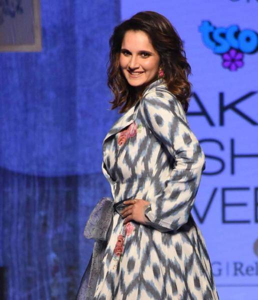 The star was the showstopper for Eka handloom collection in collaboration with the Telangana Government  - Fashion Models