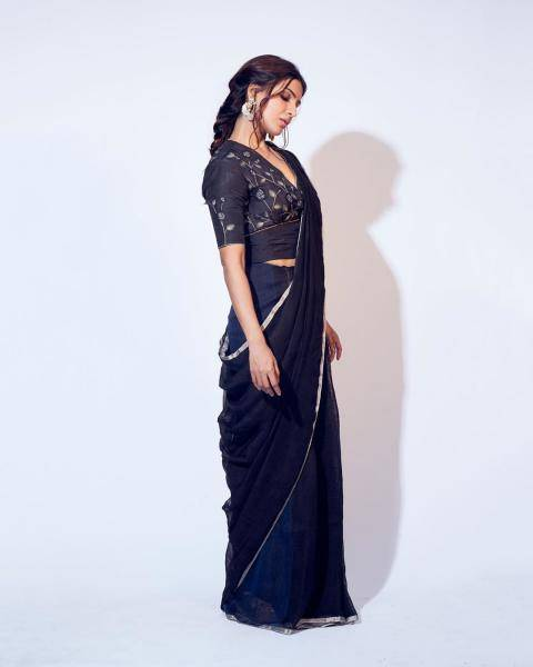 Samantha Akkineni was recently spotted in this Anavilla saree that we loved - Fashion Models