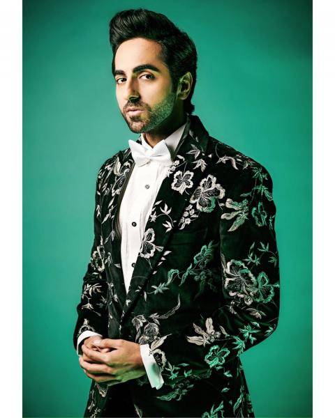 Ayushmann Khurana, who bagged the 'entertainer of the year' award at the Zee Cine awards, was spotted at the ceremony wearing this monochrmoe floral suit from Gaurav Gupta - Fashion Models