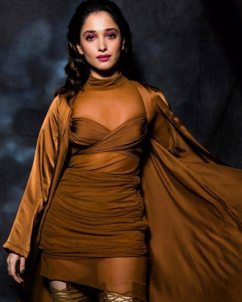 Tamannaah Bhatia walked the ramp at the Times Fashion Week for Deme Love in this copper coloured outfit  - Fashion Models