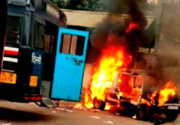 டெல்லியில் துப்பாக்கிச்சூடு! போலீசார் - வழக்கறிஞர் கடும் மோதல் - Daily news