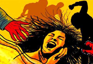 திருமணத்துக்கு மறுத்த காதலியைக் குத்தி கொல்ல முயன்ற காதலன்! - Daily news