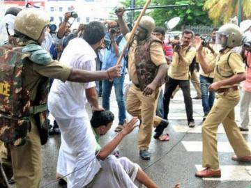 Opposition walks into Assembly with bloody clothes; KSU Kerala education bandh a success  - Daily news