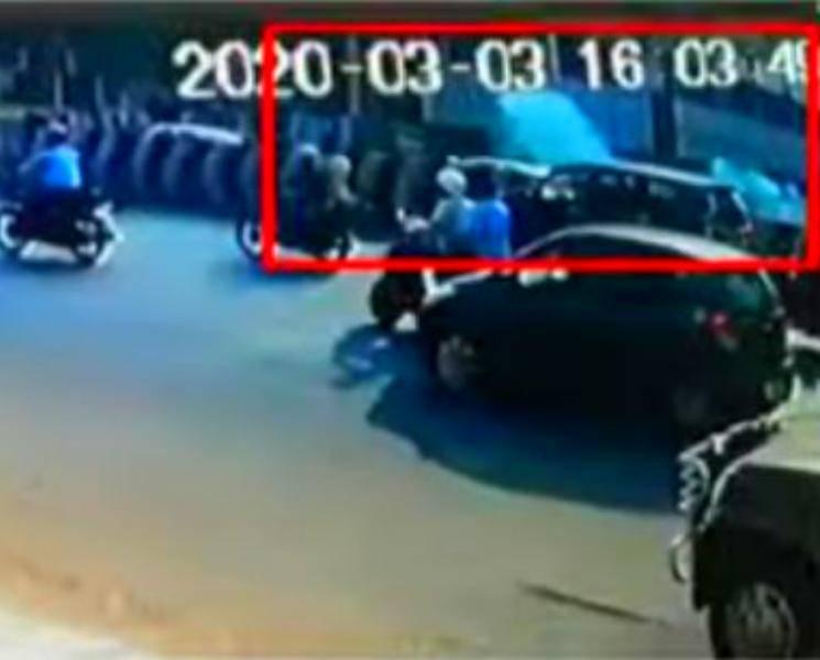 சென்னையில் அடுத்தடுத்து 2 நாட்டு வெடிகுண்டு வெடித்ததால் பீதி! - Daily news