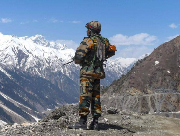 Violent face-off with China in Ladakh leads to Indian Army officer and two soldiers getting killed - Daily news