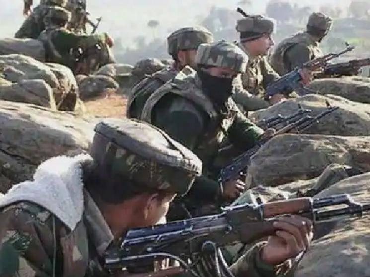 Pakistan fires mortar shells at Indian positions along LOC in Jammu & Kashmir!