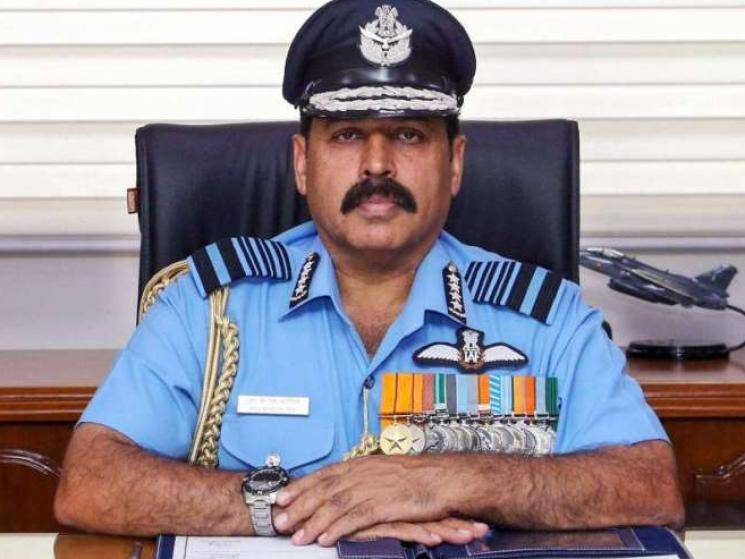 IAF Chief visits Indo-China border in Leh as Air Force moves into high alert!