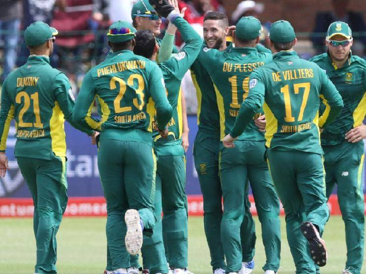 Cricket South Africa reports 7 people as being COVID-19 positive! - Daily news