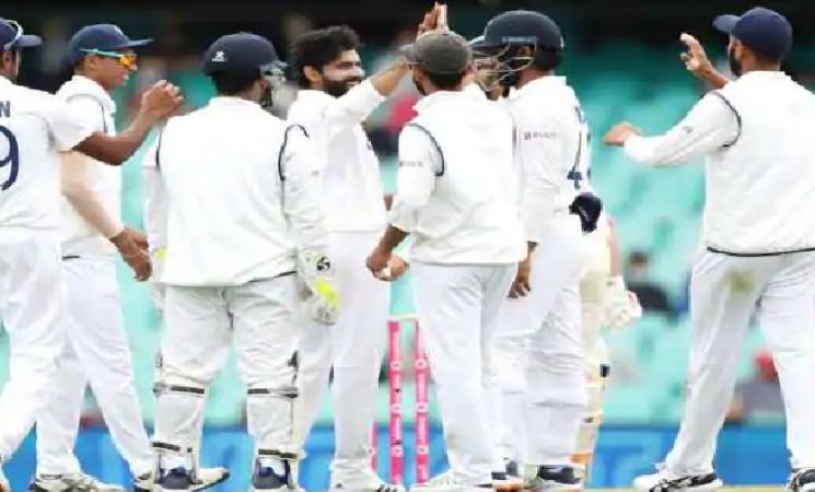 Jadeja and Gill prop up India despite Steve Smith's century! - Daily Cinema news