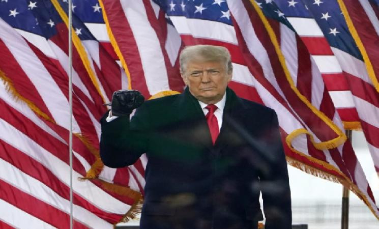 Donald Trump returns to Twitter but still banned on Facebook & Instagram! -