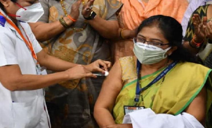 Nearly 4 lakh Indians vaccinated against COVID so far with 580 adverse efects! -