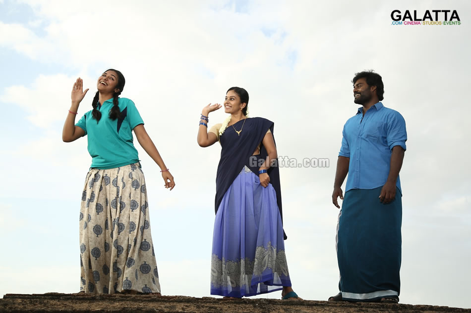 RK Suresh, Indhuja and Chandini Tamilarasan in Billa Pandi