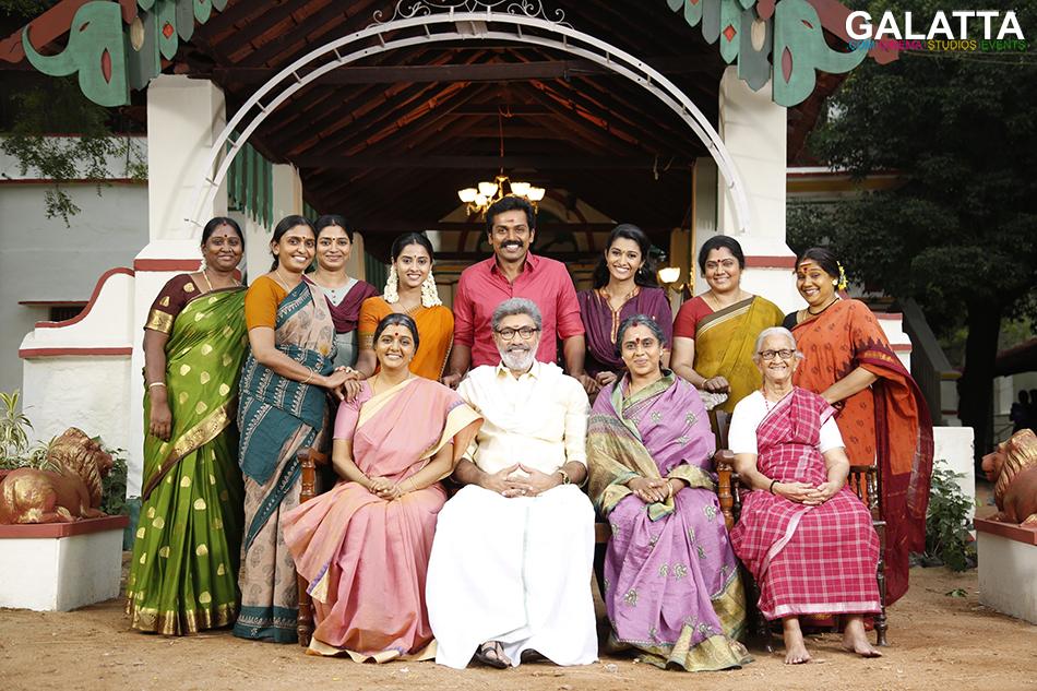 Karthi Sathyaraj Priya Bhavani Shankar In Kadai Kutty Singam