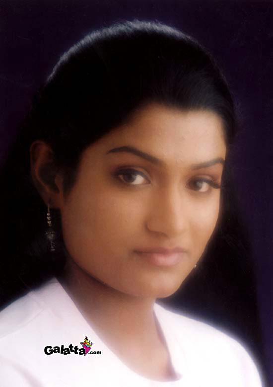 Kadale Yengal Desiya Geetham