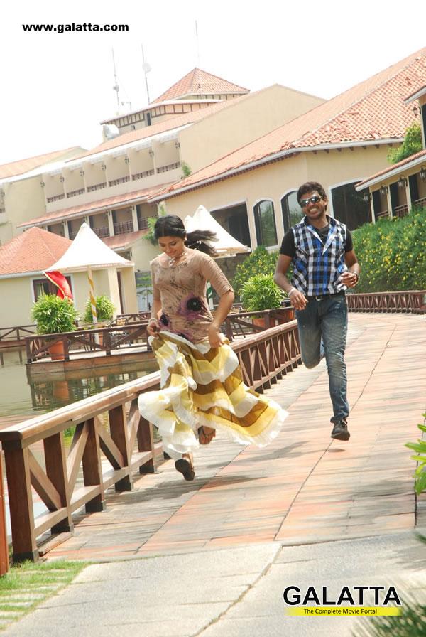 Oruvar Meethu Iruvar Saainthu
