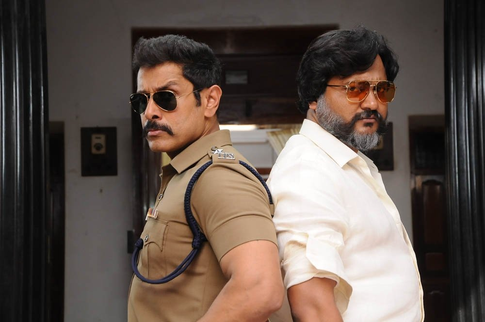 Chiyaan Vikram and Bobby Simha in Saamy Square