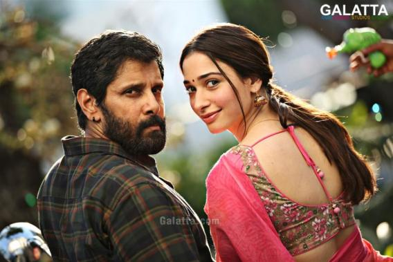 Chiyaan Vikram and Tamannaah in Sketch