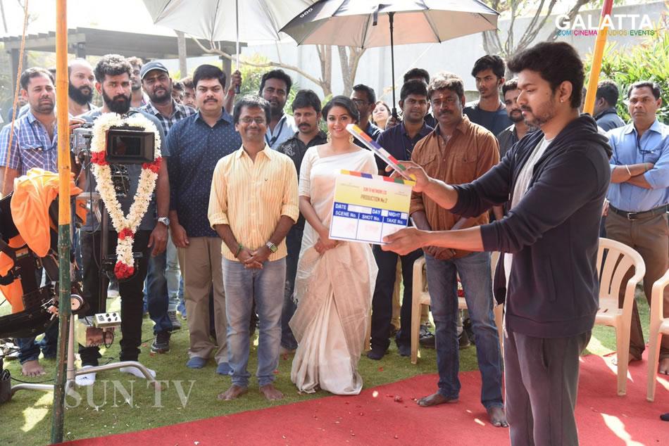 Thalapathy Vijay, A R Murugadoss and Keerthy Suresh at Sarkar movie launch