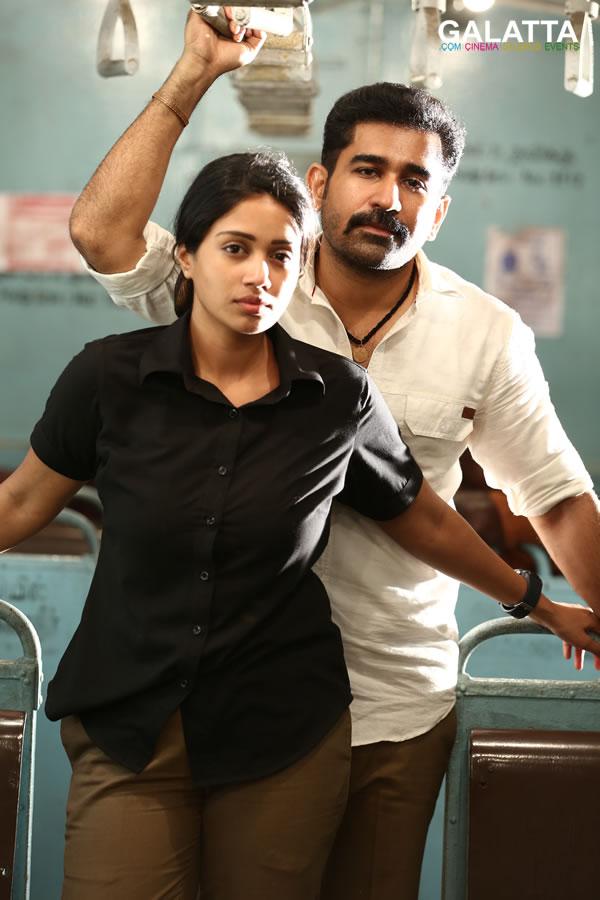 Vijay Antony and Nivetha Pethuraj in Thimiru Pudichavan