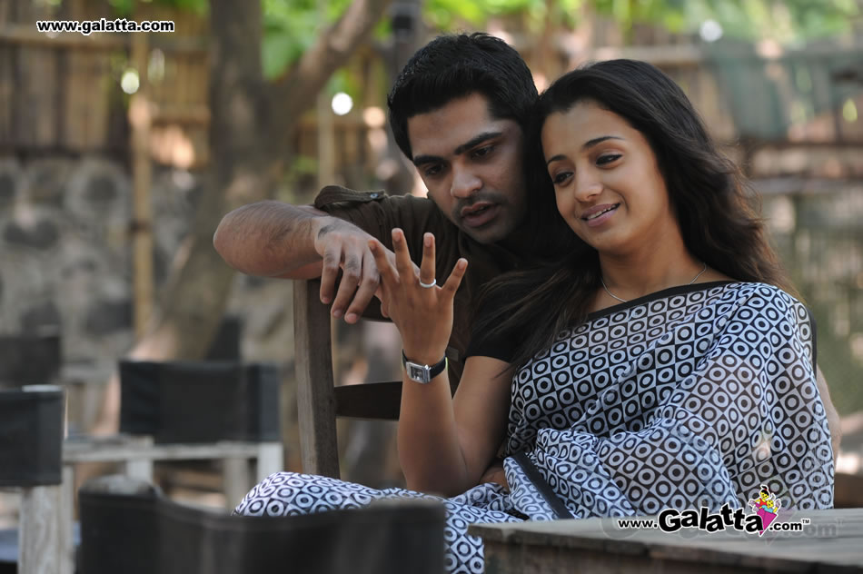 Trisha and STR Simbu in Vinnaithaandi Varuvaayaa