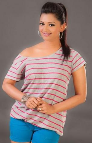 Aanandhi photos
