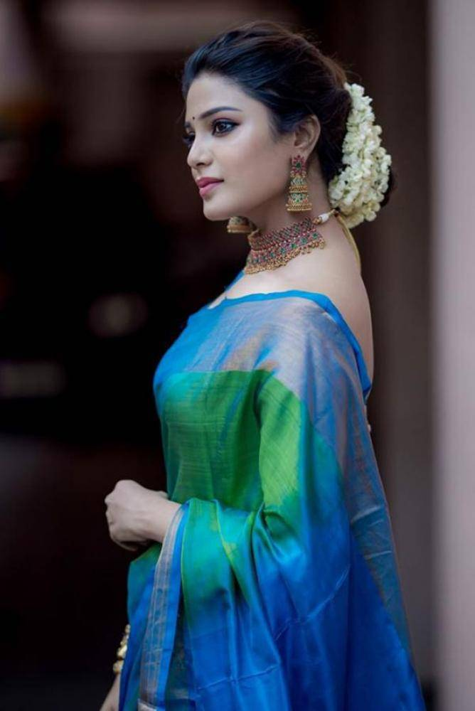 Aathmika - Photos Stills Images
