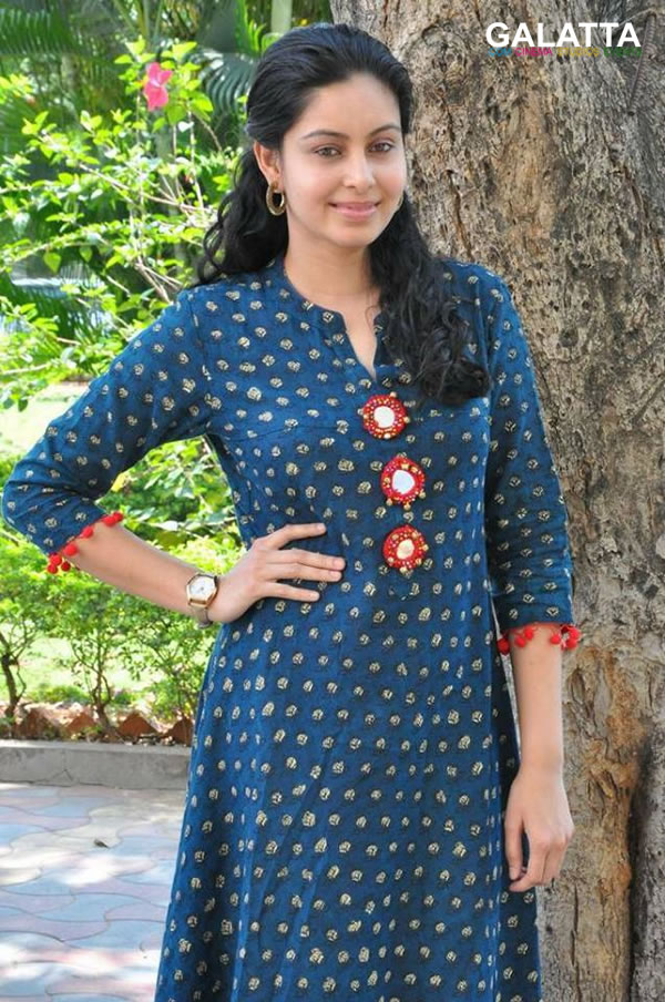 Abhinaya Photos