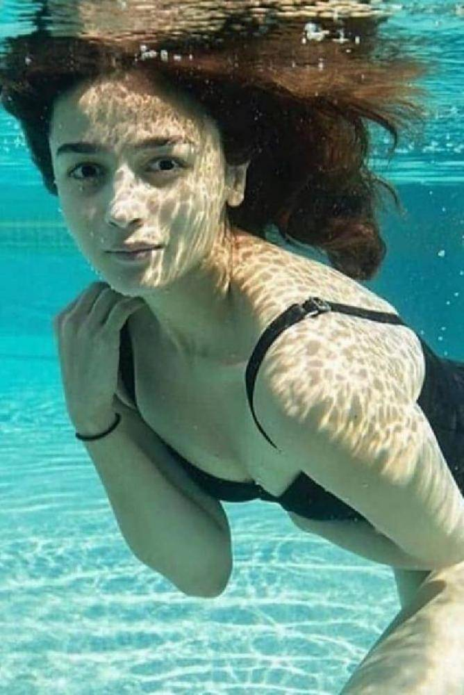 Alia Bhatt - Photos Stills Images