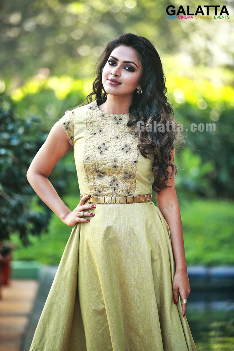 amala paul bollywood debut opposite arjun rampal under naresh