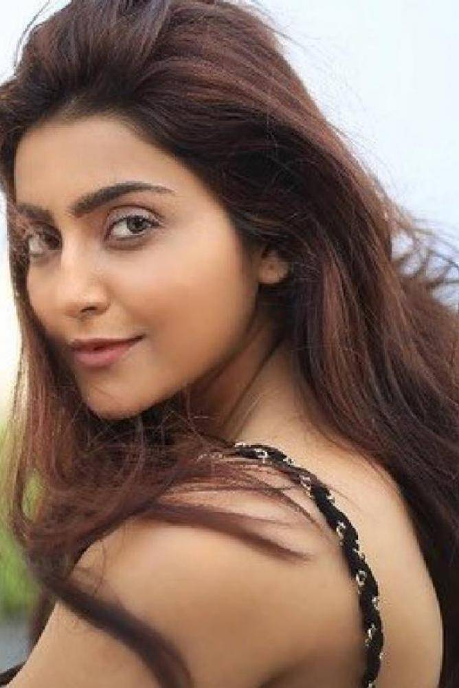 Avantika Mishra - Photos Stills Images