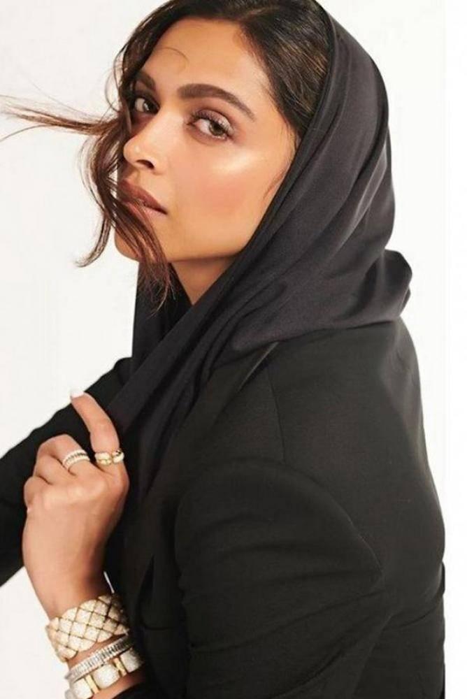Deepika Padukone - Photos Stills Images