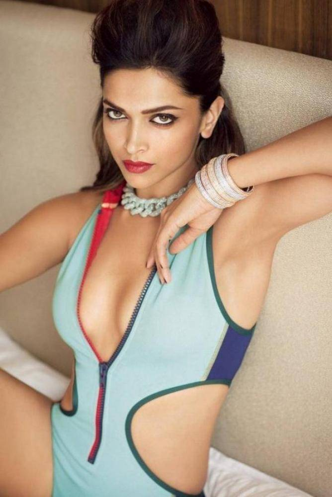 Deepika Padukone - Photos Stills Images