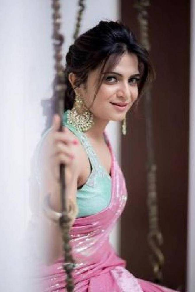 Dhivya Dharshini - Photos Stills Images