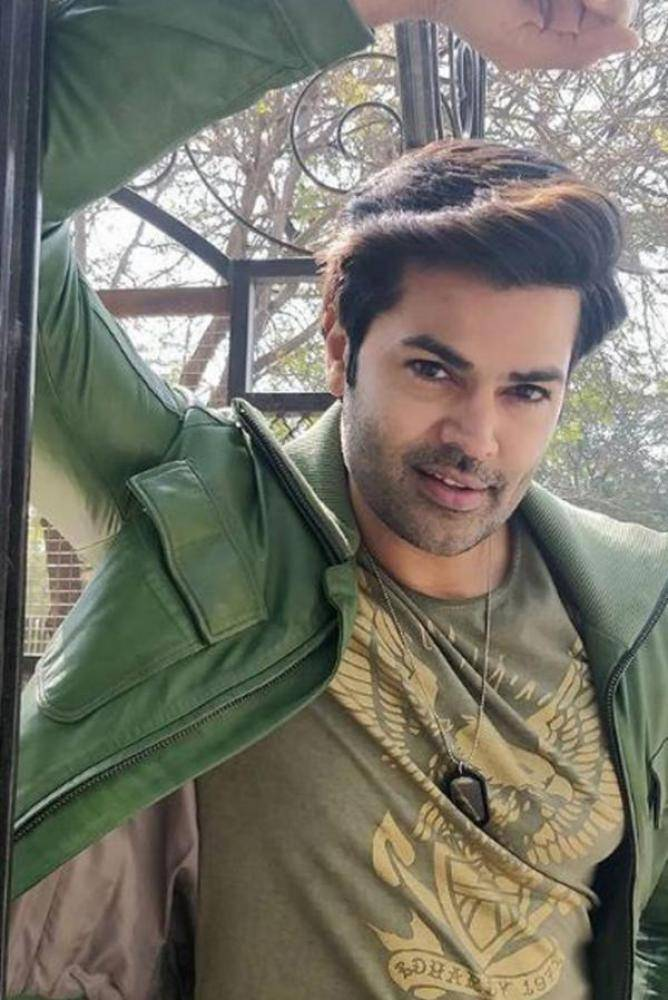 Ganesh Venkatraman - Photos Stills Images