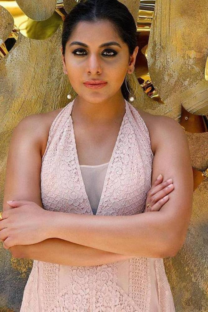 Meera Nandan - Malayalam Photos Stills Images