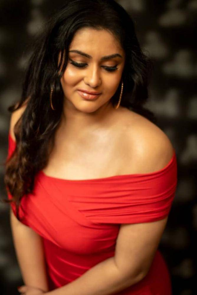 Namitha - Photos Stills Images