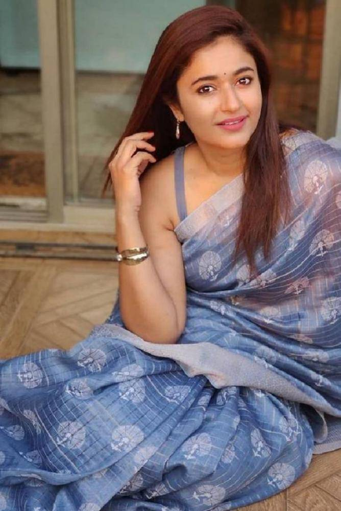 Poonam Bajwa - Photos Stills Images