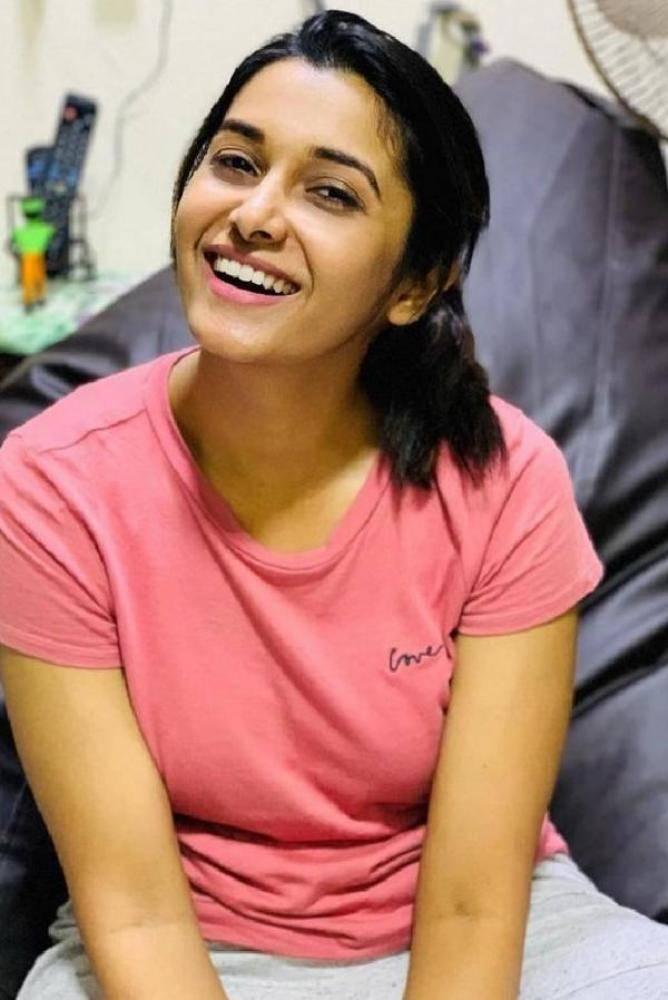 Priya Bhavani Shankar - Photos Stills Images