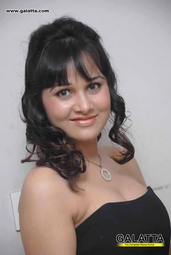 Priyanka Kothari Photos