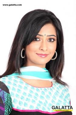 Kannada film actor radhika pandit photos
