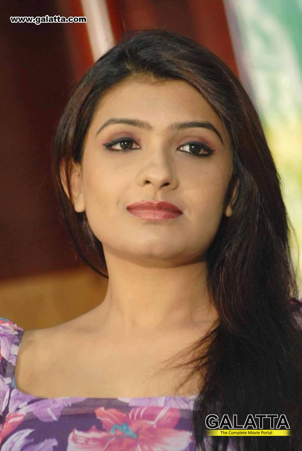Roopa Sri