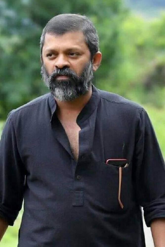 Sachy - Malayalam Photos Stills Images