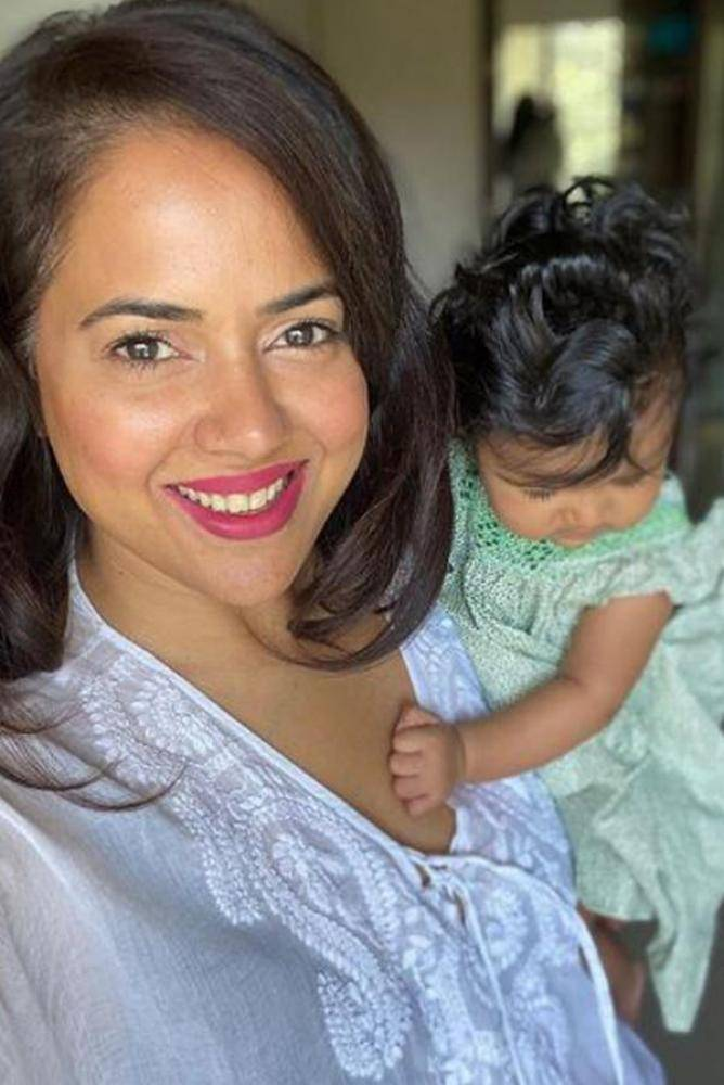 Sameera Reddy - Photos Stills Images