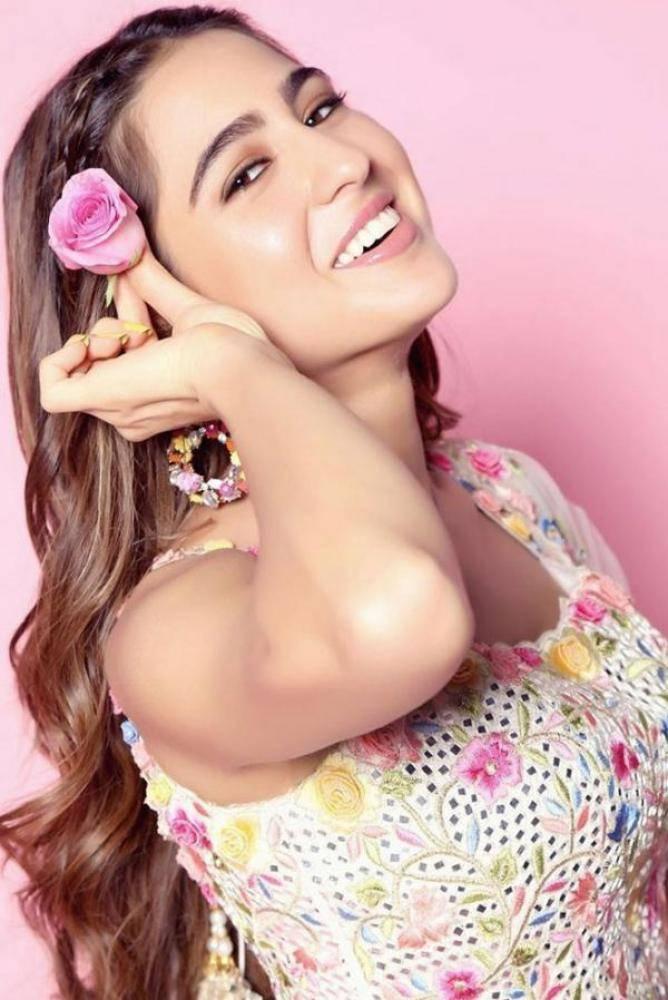 Sara Ali Khan - Tamil Actress Photos Images Pictures