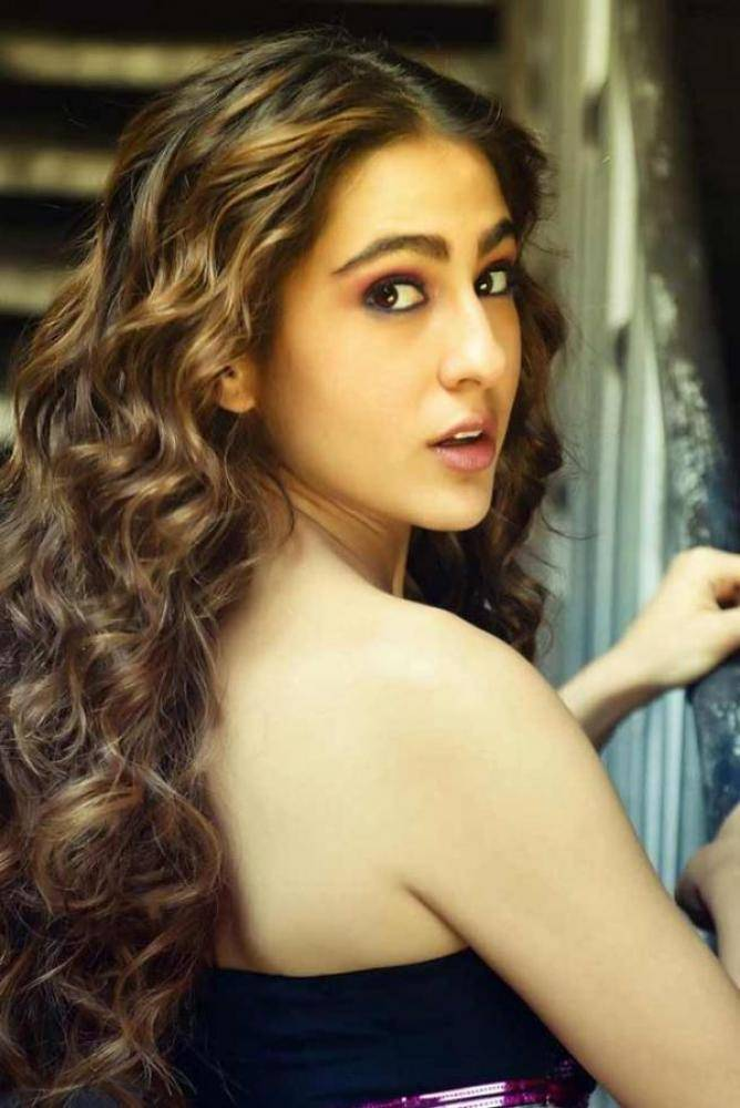 Sara Ali Khan - Photos Stills Images