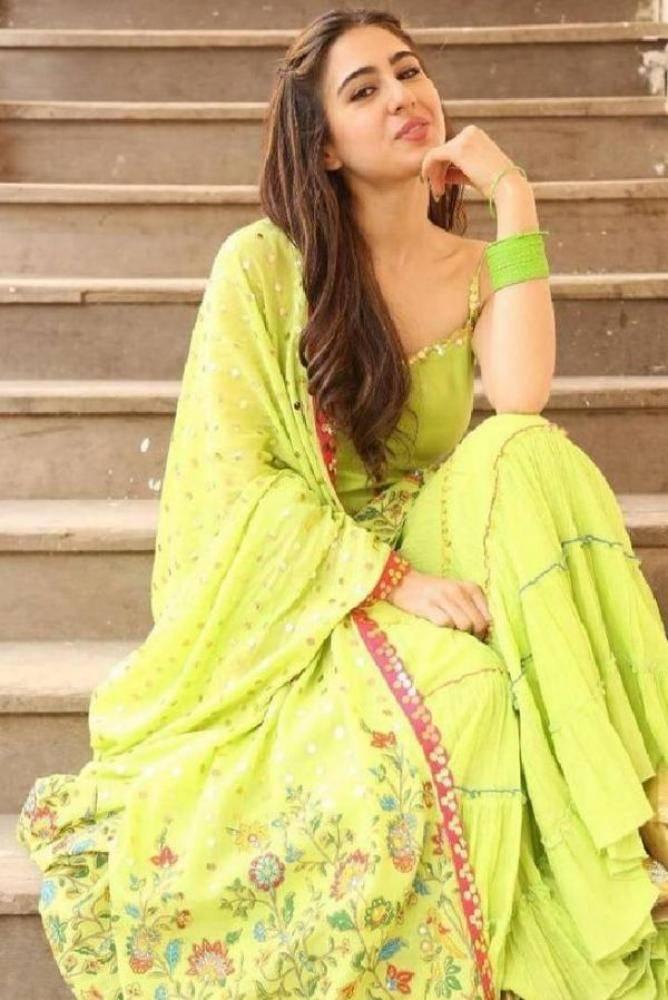 Sara Ali Khan - Photos Stills Images