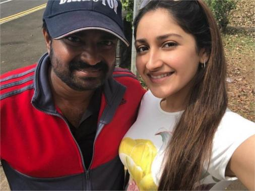 Sayyeshaa and A L Vijay at Devi 2 shooting spot